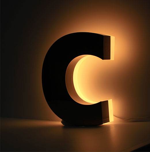 RL CHANNEL LETTER | Side (side-lit) illuminated channel letter with aluminum, stainless steel or brass letter mounted onto the wall or glass